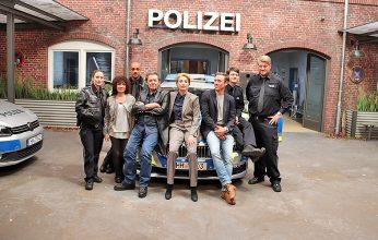 Großstadtrevier_Das-Team-um-Jan-Fedder-4.v.l.-346x220.jpg