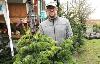 Andreas-Frädrich-Weihnachtsbäume-mieten-346x220.jpg
